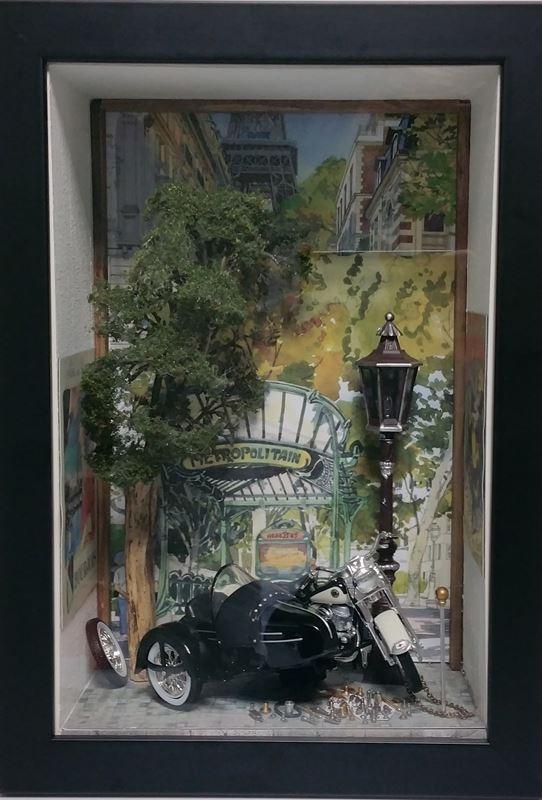 UNE HARLEY À PARIS