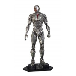 STATUE TAILLE REELLE CYBORG  JUSTICE LEAGUE